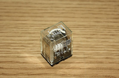 Omron SPDT Relay LY1-24VDC, 15A 24 VDC, 8 Pin