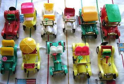 Large lot of Vintage Plastic Cars (Made in Hong Kong) 1960/70`s