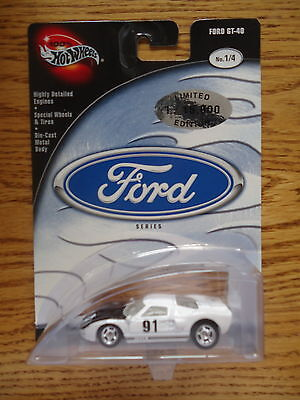 Hot Wheels 100 %  Ford Series Ford GT-40 (White) 1/4 .