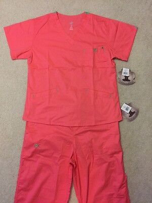 Med Couture Scrub Set Med/Large Apricot/Key Lime NEW