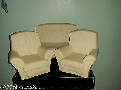 Sindy Sofa & Two Armchairs From The 1970's