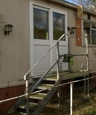 Static caravan or mobile home access steps and entry plate galvanised steel