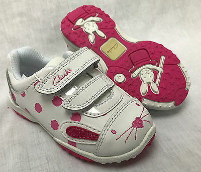 BNIB Clarks Girls Giggle Jive White Leather First Trainers E/F/G/H Fitting