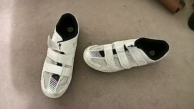 white size 8 specialized cycle shoes