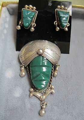 VINTAGE MEXICAN taxco SILVER CARVED GREEN JADE ONYX MASK PIN BROOCH EARRINGS SET