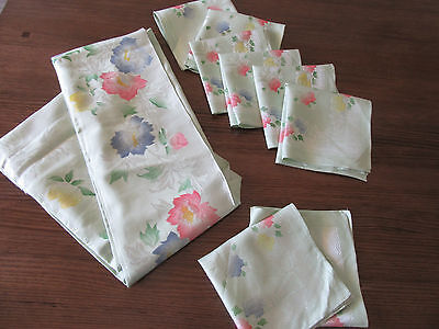 Nice Vintage Collection 1 Tablecloth 8 Serviettes Embroidered Lace Doilies Lot 2