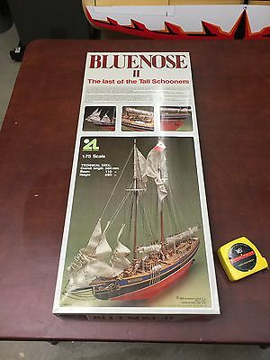 "Artesiana Latina ""Bluenose II"" Wooden Ship Model Kit"