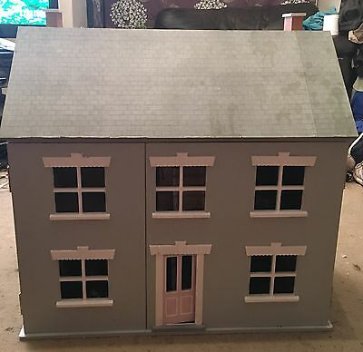 Gorgeous Traditional Doll House**Over £150 Worth Of Furniture And Accessories***