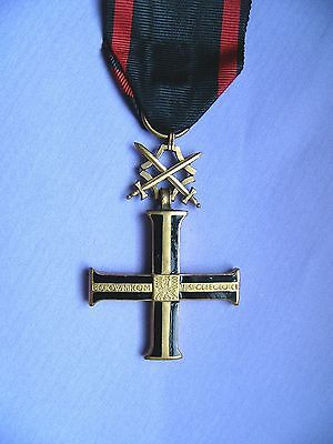 #35c POLAND POLISH INDEPENDENCE CROSS W SWORDS, MEDAL, copy WITH FAKE SWORDS