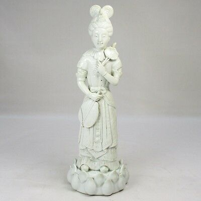 G567: Chinese white porcelain woman statue of traditional TOKKA-YO style