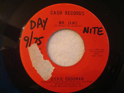 "Dickie Goodman ""Mr. Jaws"" Cash 7"" 45 Strong VG"