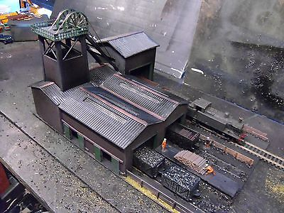 Oo Gauge   Colliery  Pit Head Shaft  And    Coal  Tower