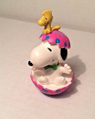 Peanuts Snoopy and Woodstock Easter Egg PVC