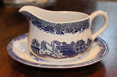 Blue and white gravey boat and saucer willow barrots of staffordshire