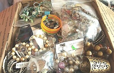 LG FR BOX FULL of JEWELRY ALL WEARABLE  19 LBS vtg-now BRIGHTON premiere LIA ect