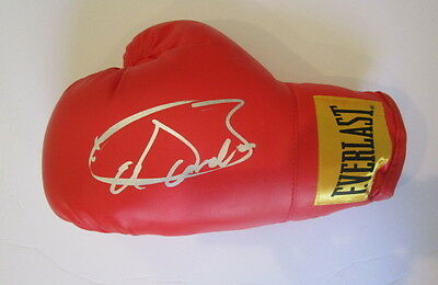 Saul Canelo Alvarez signed boxing glove Proof!