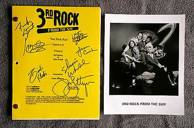 """3rd Rock from the Sun Cast Signed FINAL DRAFT Episode #118 """"See Dick Run"""" 1996"""