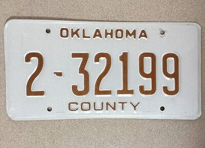 OKLAHOMA- County Sheriff – License Plate # 2-32199. 99=Sheriff.