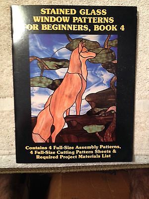 Stained glass window patterns for beginners, book 4, Hidden house Publications,