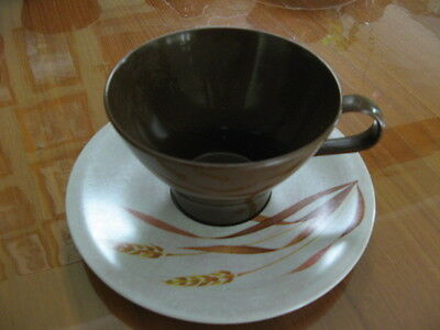 Retro Picnic cups and saucers