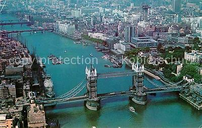 72784794 London Aerial View of Tower Bridge and the City City of London