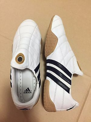Adidas Womens Slip On Sneakers White With Navy Stripes Size 8.5