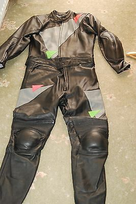 Motorcycle  leathers 2 piece black leather worn once