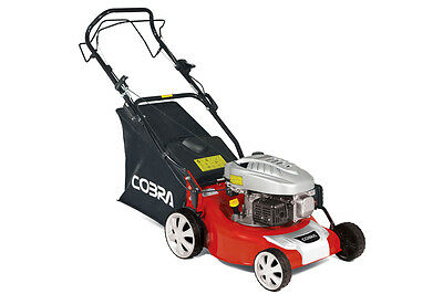 Cobra M40SPC Self-Propelled Petrol Lawn Mower - With Free Oil