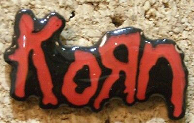 Korn PIN BADGE New / Nuevo BUY 5 get 1 more for FREE - READ HOW TO `PROCEED