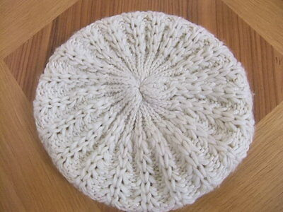 NEW MATALAN Cream gold yarn BERET Beanie Cloche cable thick knit one size WINTER
