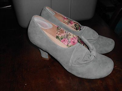 ABSOLUTELY GORGEOUS LADIES 1940's DESIGN STYLE SUEDE SHOES UK SIZE 5.5 BY HOTTER