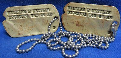 WWII 1943-1944 Army Dog Tags T43 44 Set Of 2 With Bead Chain - YELLOW TINT