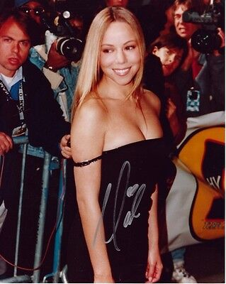 Mariah Carey Geniune Hand Signed Rare Photograph Autograph 8x10 from 1997