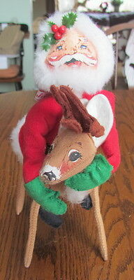 1990 Annalee Mobilitee Christmas doll Santa Claus riding on a reindeer 10""
