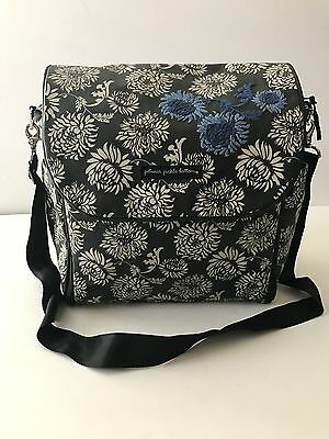 PETUNIA PICKLE BOTTOM Boxy Backpack Diaper Bag EXCELLENT CONDITION!