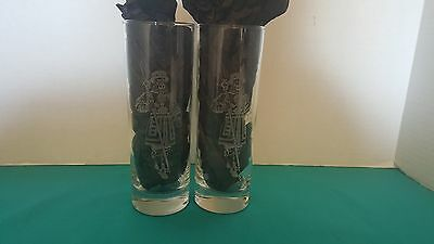 Beefeater London Dry Gin Set of 2 Cocktail Glasses Frosted Swiss Guard Logo