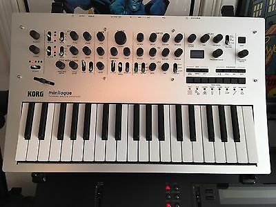 Korg Minilogue Analog Synth IN BOX Synthesizer