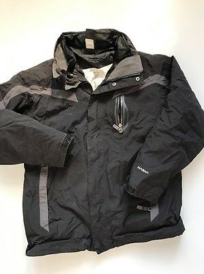 The North Face Boys Size Large Black Hyvent Winter jacket with inliner