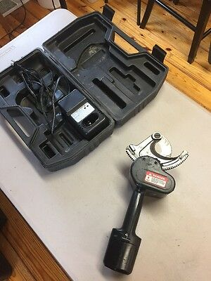 Battery Actuated Cable Cutter
