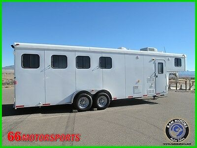 2012 bison 4 Horse trailer w 8ft Short Wall Living Quarters Loaded LIke New