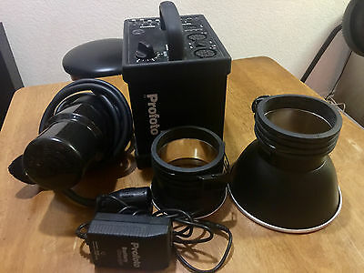 Profoto 7b Kit with Head, Reflectors, Battery & Charger FREE SHIPPING