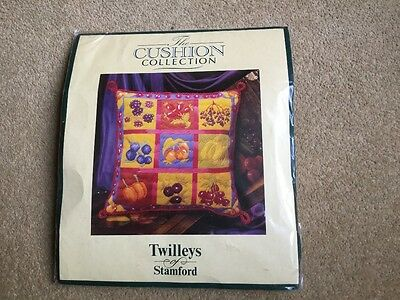 Twilleys printed long stitch tapestry cushion kit (fruit)