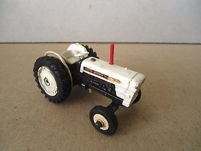 Dinky Toys no.305 David Brown 990 Farm Tractor For Restoration , Vintage Diecast