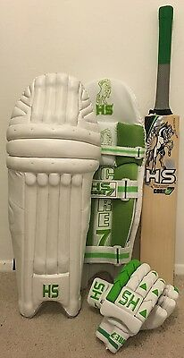 HS CORE 7 Cricket Bat Pads And Gloves PACKAGE DEAL RRP £400 NOW £200 SAVE £200