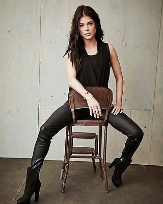 Marie Avgeropoulos 8 x 10 / 8x10 GLOSSY Photo Picture IMAGE #2
