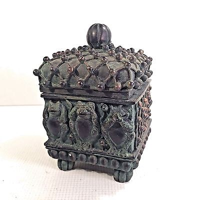 Frog Hear See Say No Evil Chinese Influence Small Lidded Trinket Box Verdigris