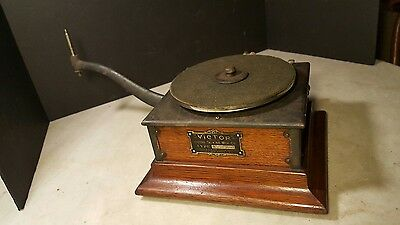 Pre Dog Victor Victrola Type R Outside Horn Incomplete Phonograph