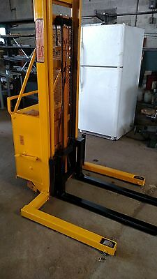 Rol-Lift Stacker Pallet Jack Forklift 1500 Lbs Shipping