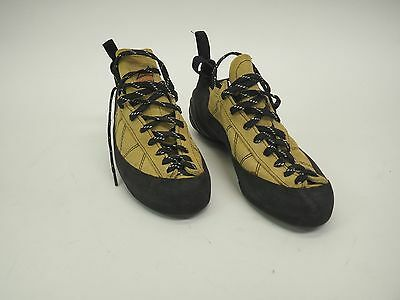Mad Rock Womens Climbing Shoes - Size 9.5