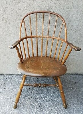 18C American Pennsylvania Lancaster County Sack Back Knuckle Arm Windsor Chair